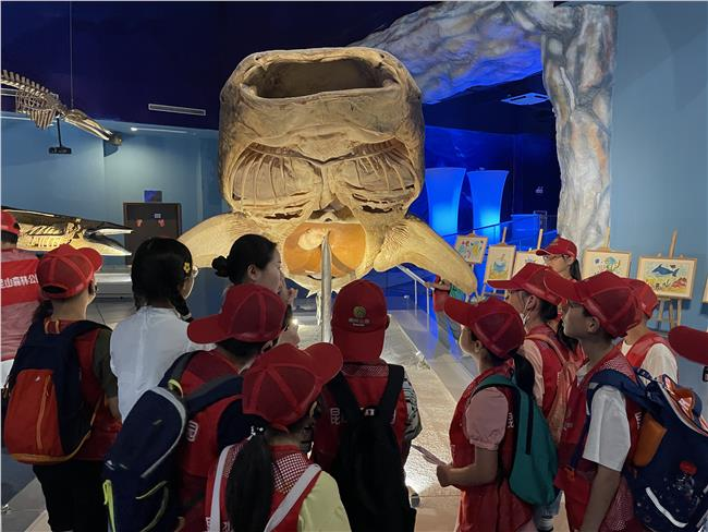参观海洋之魂展厅